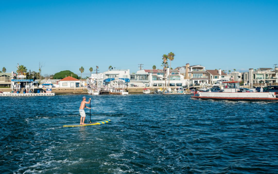 Newport Beach Harbor Commission continues to tackle standup paddleboard safety